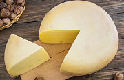 Гауда с орехом, твёрдый сыр, 45% жирности Днепр